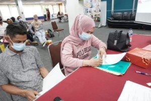 Pertamina Salurkan Dana Pinjaman Modal 1,5 Miliar untuk Kemajuan Pangkalan LPG di Kalimantan