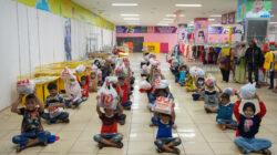 Belanja Baju Lebaran Bareng Anak Yatim Piatu, IKA-PTK Berbagi Kebahagiaan