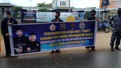 Berdukacita atas Tenggelamnya KRI Nanggala 402, PSHT Kalbar Kunjungi Mako TNI AL Lantamal Xll dan Memberikan Karangan Bunga