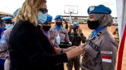 Membanggakan! Polwan Polda Kalbar Raih Penghargaan UN Medal dari PBB