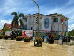 Banjir Tak Halangi Layanan Bank Kalbar di Putussibau